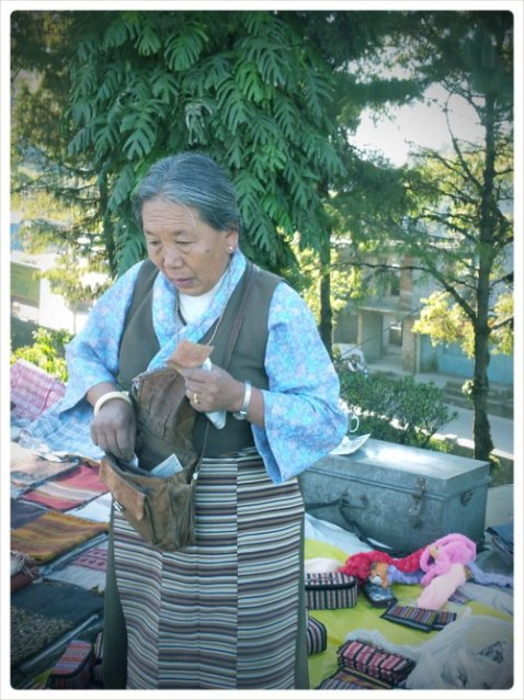 A 61 year old Tibetian refugee manufacturing & selling handicraft since 1972.