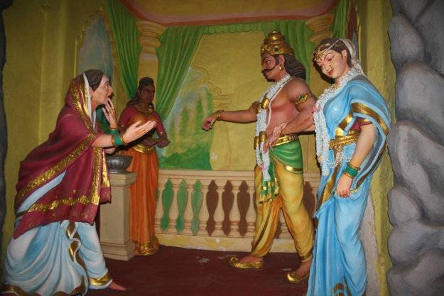 Ravana's mom asks for the Linga