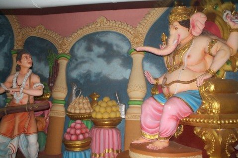 Narada approaches Lord Ganesha