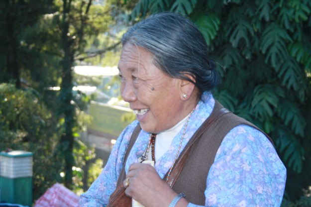 Handicraft, Tibetian Lady, Tibet, Tibetian Handicraft.