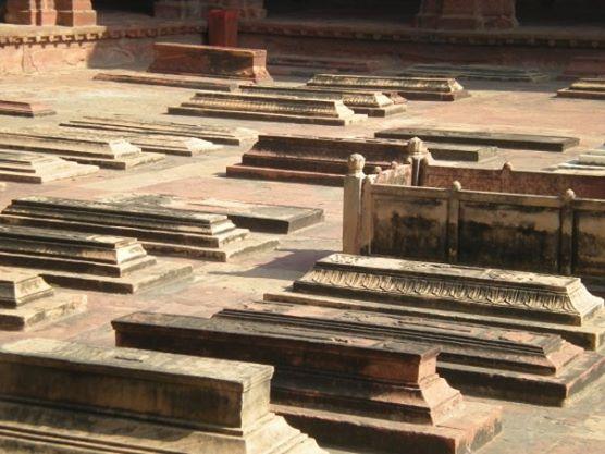 The Graves of Salim Chisti's Descendants